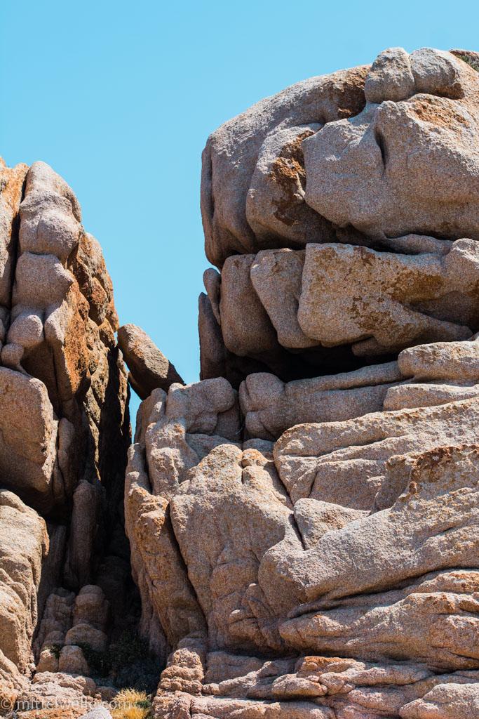 wpid4089-Felsen-auf-Sardinien.jpg