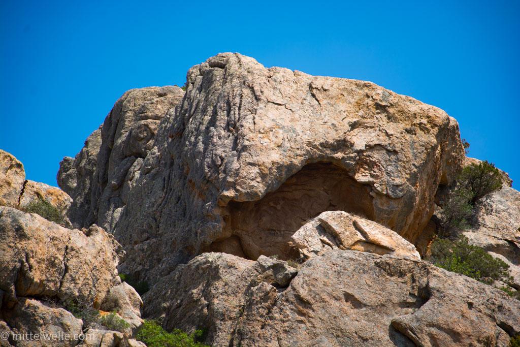 wpid4169-Felsen-auf-Sardinien.jpg